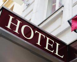 where to find cheap hotel in manila