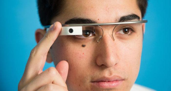 Uses of google glass