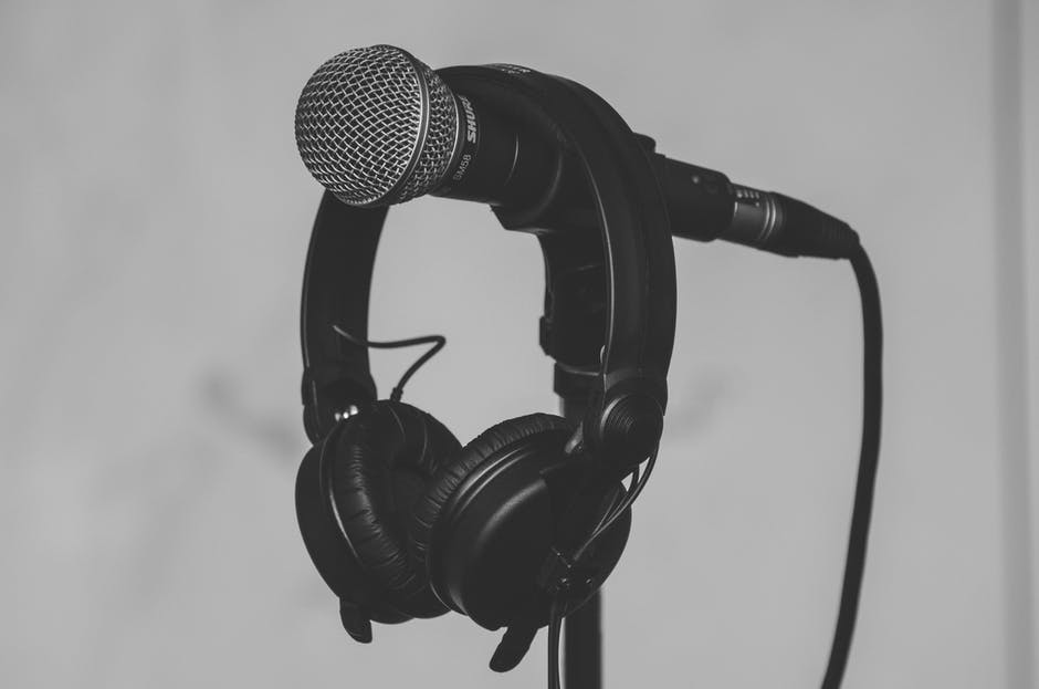 Reducing Microphone Background Noise on a PC
